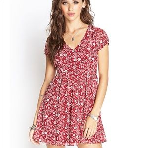 Woman's Red Crepe Woven Floral Dress